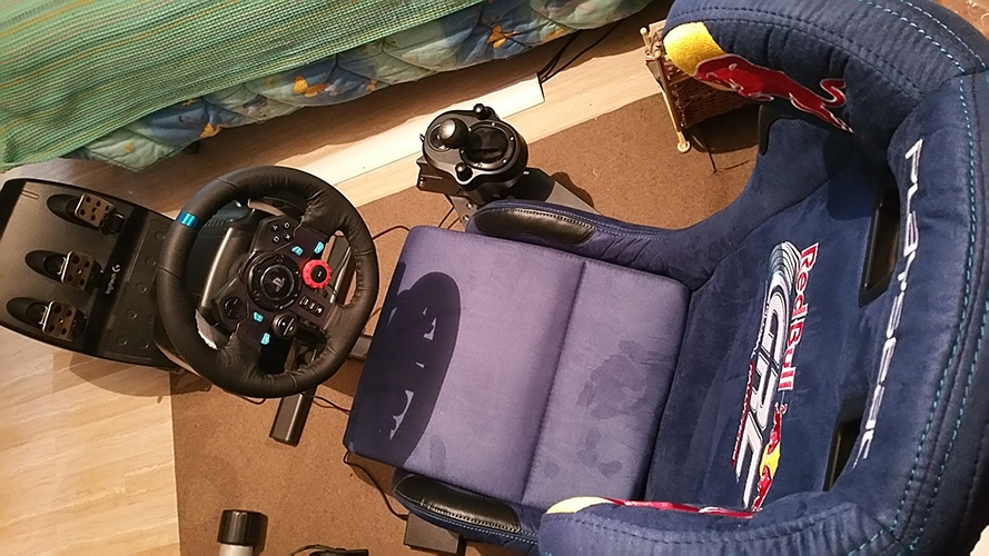 The Red Bull Grc playseat gives the feeling of driving an F1 car. Its fantastic...